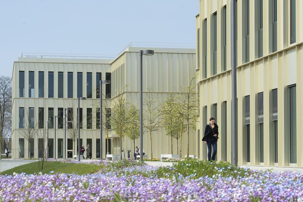 HEC_Paris_Campus